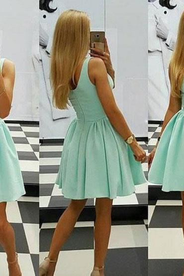 2017 A-line V-neck Sleeveless Simple Homecoming Dresses Bridesmaid Dresses APD2613