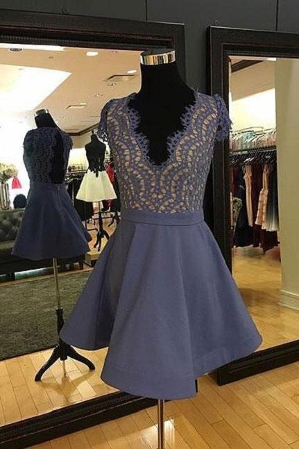 2017 A-line Deep V-Neck Sleeveless Rhinestone Open-back Homecoming Dresses APD2621