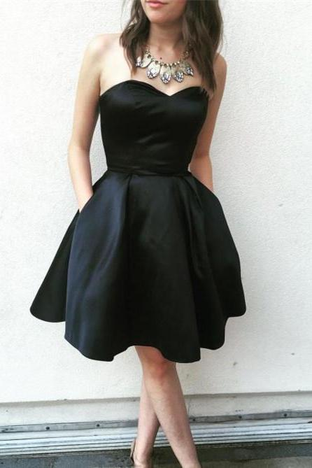Simple Satin Sweetheart Neckline Short A-line Homecoming Dresses HD205